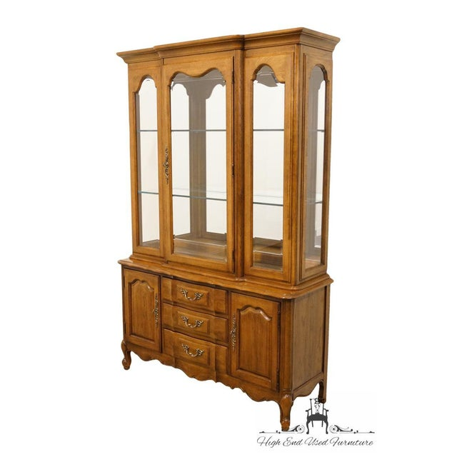 """French Thomasville Furniture Tableau Collection French Provincial 50"""" China Cabinet For Sale - Image 3 of 12"""