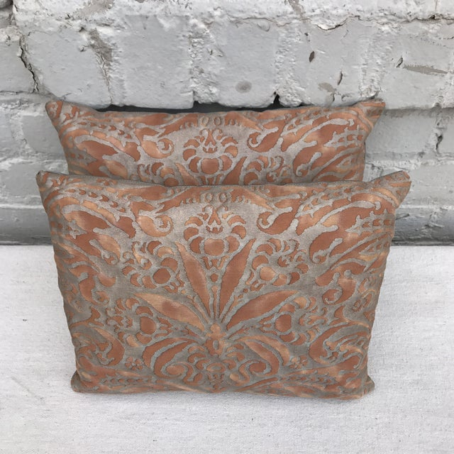 Fortuny Brown & Gold Cotton Pillows- A Pair - Image 4 of 5