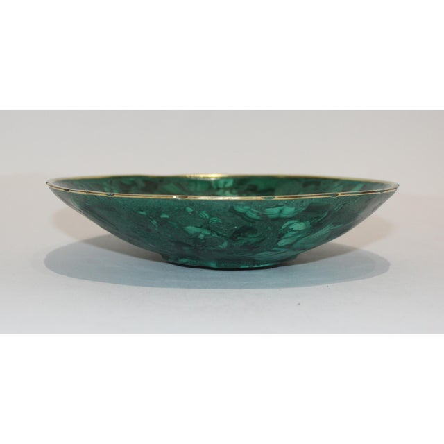 Hand-Crafted Malachite Bowl With Scalloped Brass Edging For Sale - Image 10 of 12