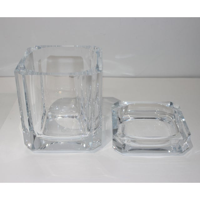 Late 20th Century Vintage Lucite Ice Bucket With Cantilevered Lid For Sale - Image 5 of 11