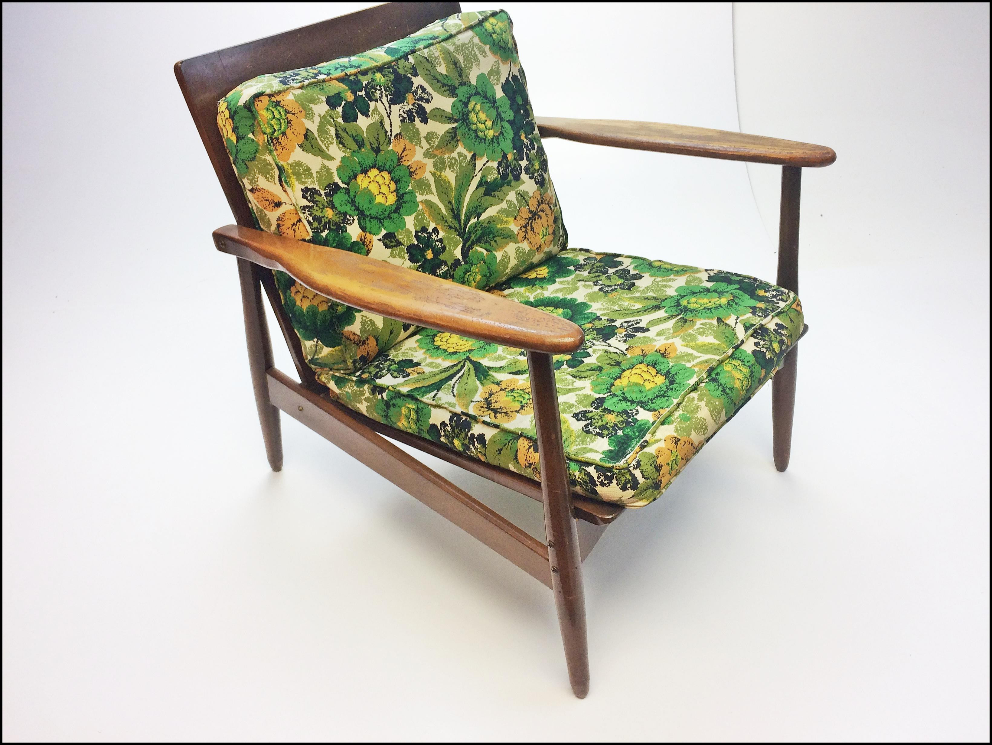 Textile Mid Century Danish Modern Wood Hans Wenger Style Lounge Chair For  Sale   Image 7