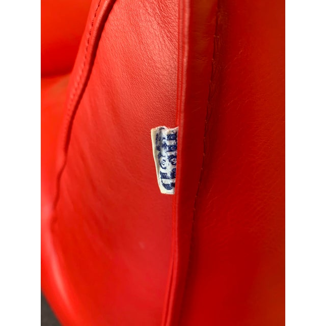 1970s 1970s Le Bambole Armchairs Red Leather by Mario Bellini for B&b Italia For Sale - Image 5 of 13