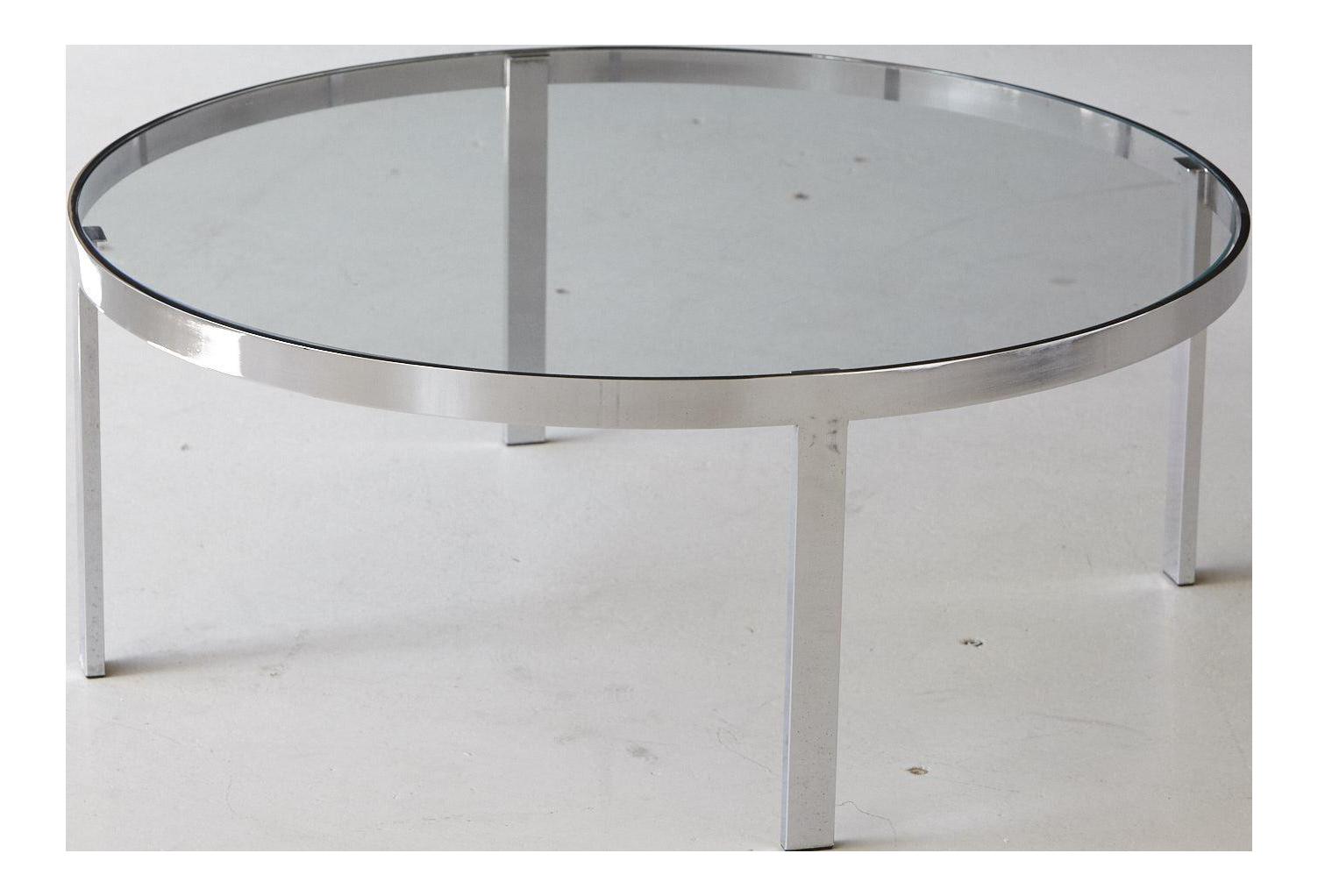 Beau Milo Baughman Round Chrome And Glass Coffee Table For Sale