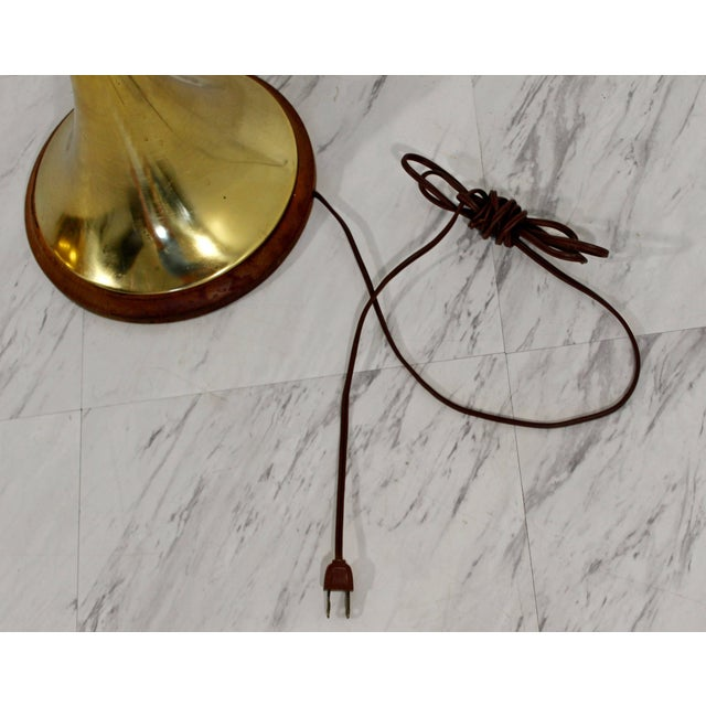 Metal Mid-Century Modern Laurel Brass and Wood Floor Lamp With Original Shade, 1960s For Sale - Image 7 of 8