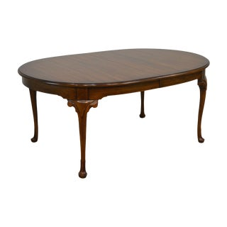 Statton Cherry Oxford Finish Oval Queen Anne Dining Table For Sale