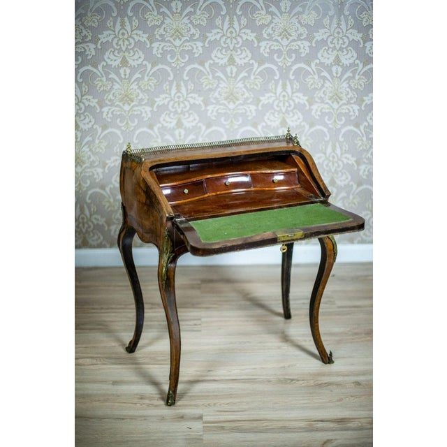 Louis XV Ladies Writing Desk from the 18th Century For Sale - Image 9 of 13