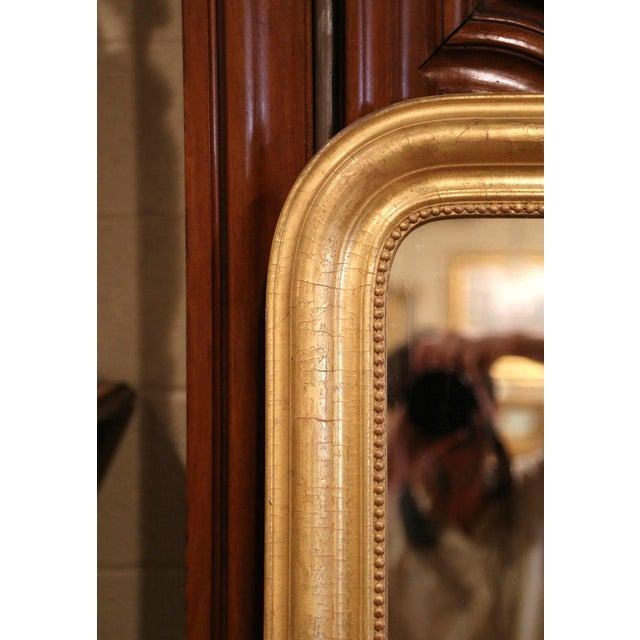 19th Century French Louis Philippe Gilt Wood Mirror With Engraved Floral Decor For Sale - Image 4 of 8