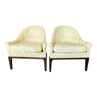 1950s Cottage Henredon Gold Tub Chairs - a Pair
