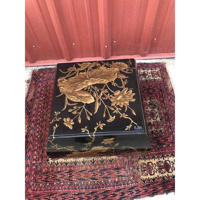 Wood Chinoiserie Drexel Heritage Hand-Painted Side Table For Sale - Image 7 of 10