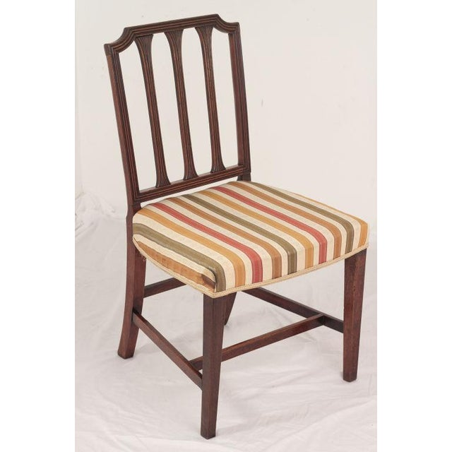 English Traditional Mid 19th Century Mahogany Sheraton Chairs - a Pair For Sale - Image 3 of 5