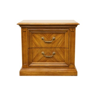 Late 20th Century Vintage Thomasville Furniture Decorum II Collection Nightstand For Sale