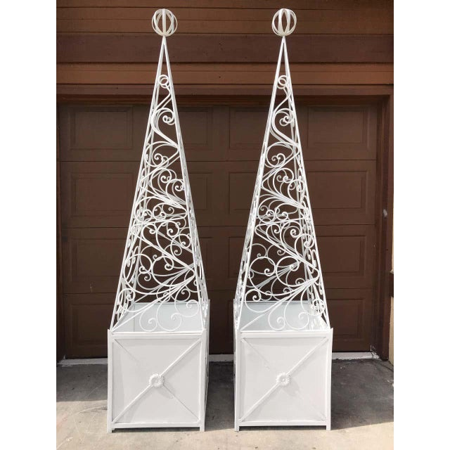 Art Deco Pair of French Art Deco Neoclassical Wrought Iron Obelisk Planters For Sale - Image 3 of 12