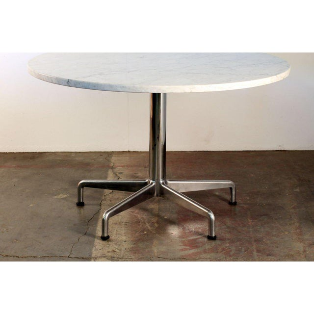 Segmented Base And Marble Top Round Dining Table By Eames For Knoll
