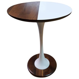 Unique Tulip Base Oval End Table For Sale
