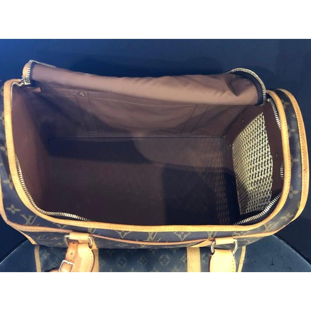Louis Vuitton 40 Monogram Canvas Luggage Bag For Sale - Image 11 of 12