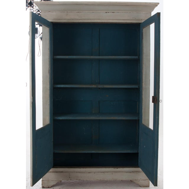 White Italian Early 20th Century Painted Bibliotheque For Sale - Image 8 of 10