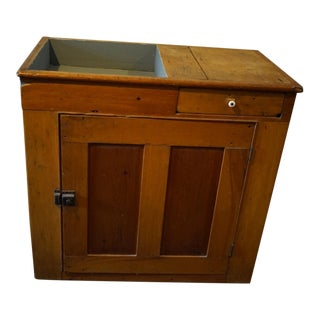 20th Century Country Farmhouse Style Dry Sink For Sale