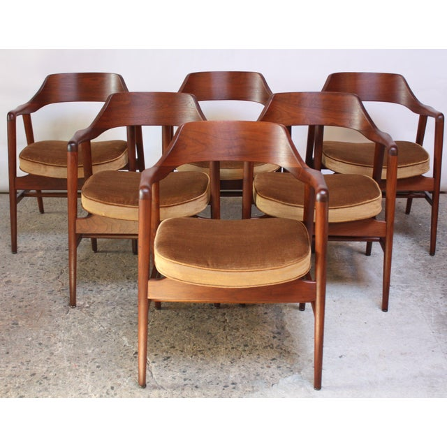 Gunlocke Set of Six W.H. Gunlocke Sculptural Walnut Armchairs For Sale - Image 4 of 10