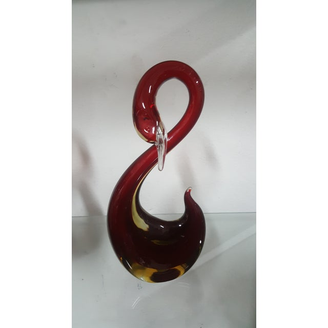 Murano Cranberry Swans - A Pair - Image 4 of 8