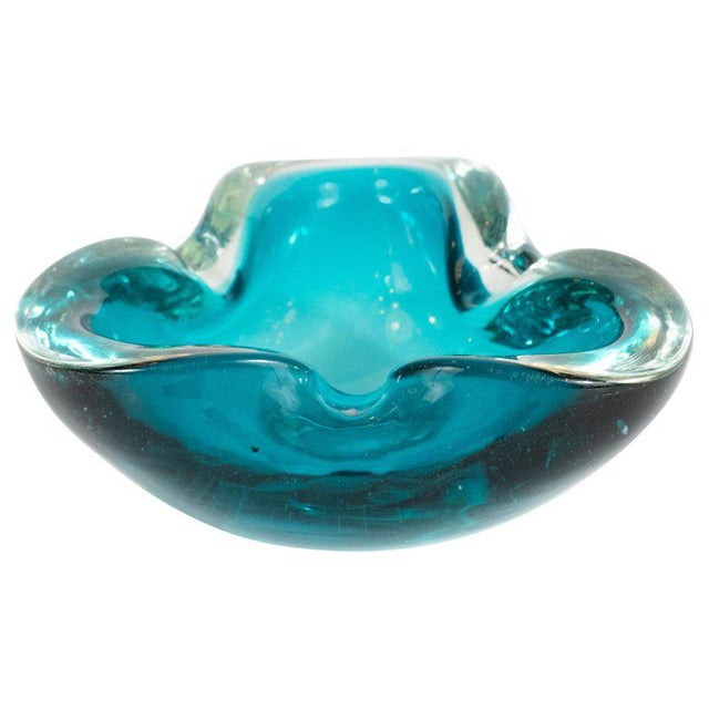 Mid-Century Modern Hand Blown Murano Turquoise and Clear Glass Bowl / Ashtray For Sale In New York - Image 6 of 6