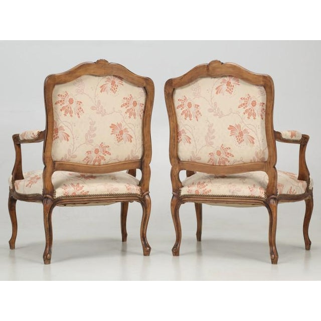 Antique French Louis XV Style Pair of Arm Chairs For Sale - Image 4 of 13
