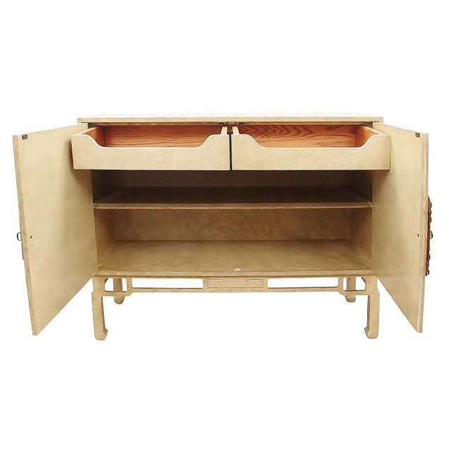 Asian 1960s Ming Style Cabinet by Beacon Hill For Sale - Image 3 of 10