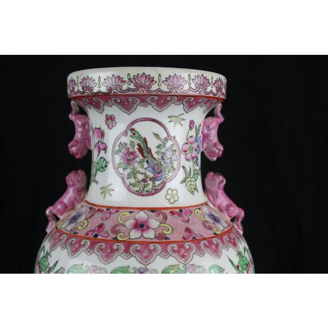 Early 20th Century Antique Chinese Pink Vase For Sale In New York - Image 6 of 10