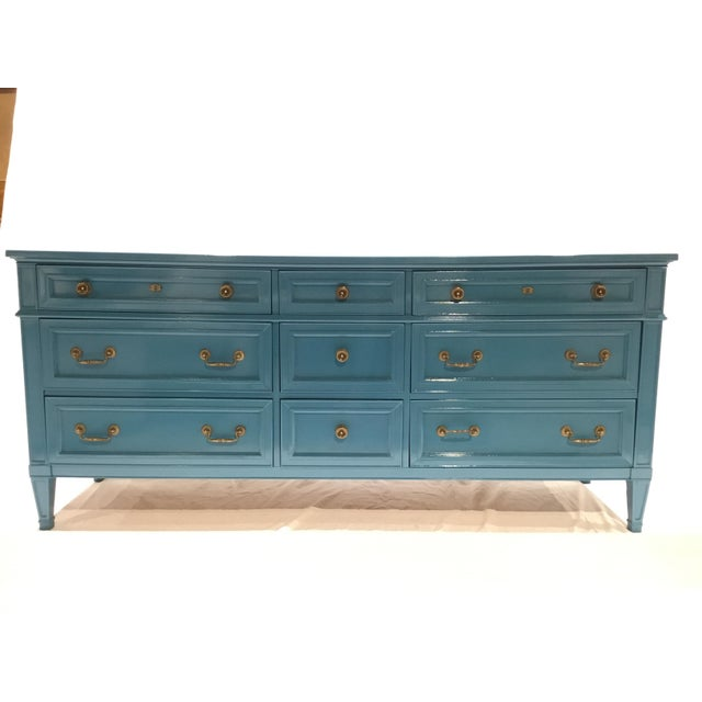 1960s French Heritage Furniture Lacquered Nine Drawer Dresser For Sale - Image 13 of 13