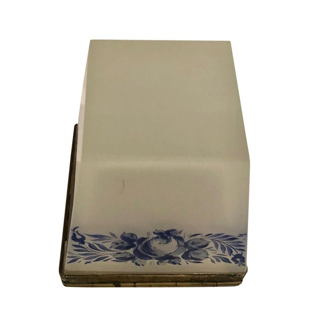 White Vintage French Opaline Box For Sale - Image 8 of 9