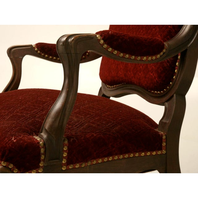 Exquisite Pair of Heavily Carved Antique French Louis XV Walnut Fauteuils - Image 9 of 10