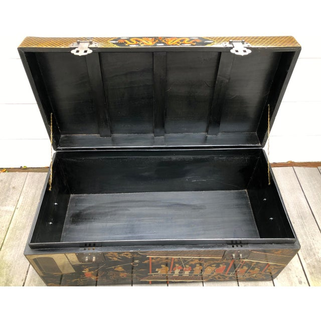 Red 20th Century Hand-Painted Chinese Asian Decorated Storage Chest For Sale - Image 8 of 13