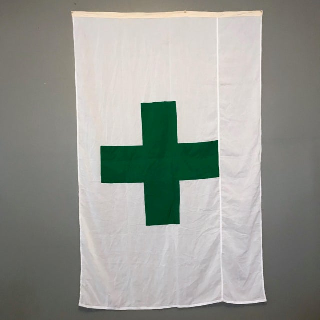 Vintage Green Cross Flag For Sale In Chicago - Image 6 of 6
