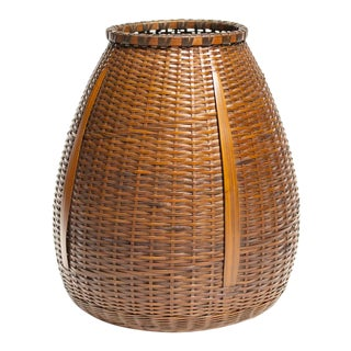 Japanese Bamboo Ikebana Flower Wall Basket by Morigami Jin For Sale