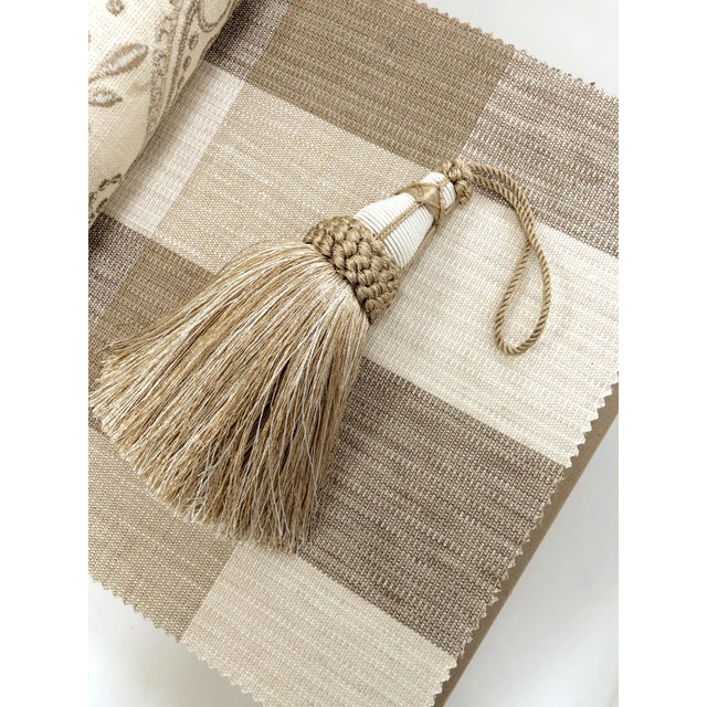 Tan and White Key Tassel With Looped Ruche Trim For Sale In New York - Image 6 of 10