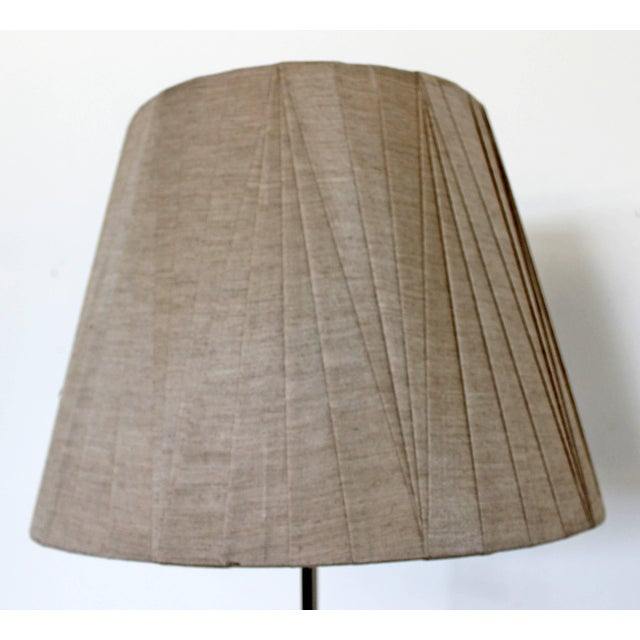 1970s Mid-Century Modern Robert Sonneman Chrome Floor Lamp Original Tag Shade & Finial For Sale - Image 5 of 9
