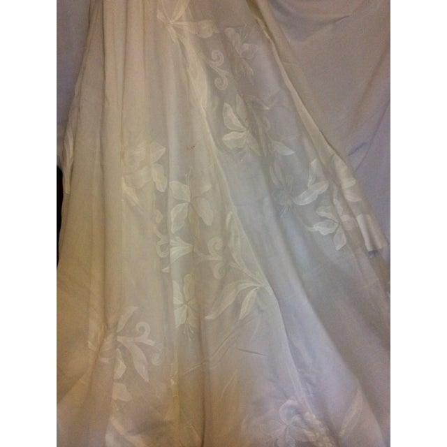Antique Appliquéd Linen Tablecloth & Napkins - Set of 13 For Sale - Image 9 of 13