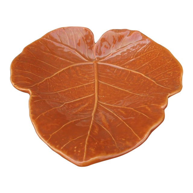 Vintage Orange Newell Stevens Leaf Dish in Cantaloupe For Sale