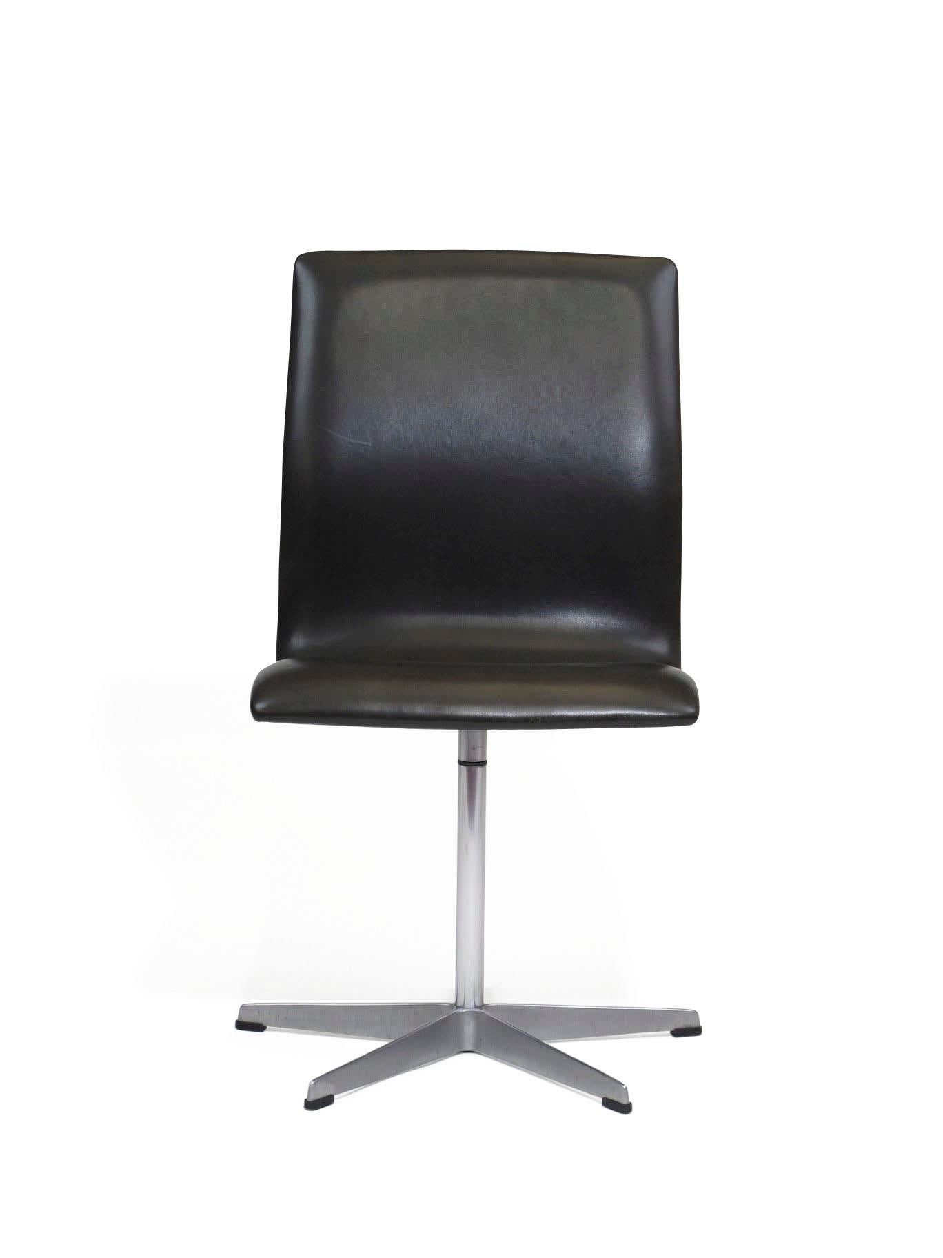 Six Arne Jacobsen For Fritz Hansen Oxford Dining Chairs In Black Leather    Image 10 Of