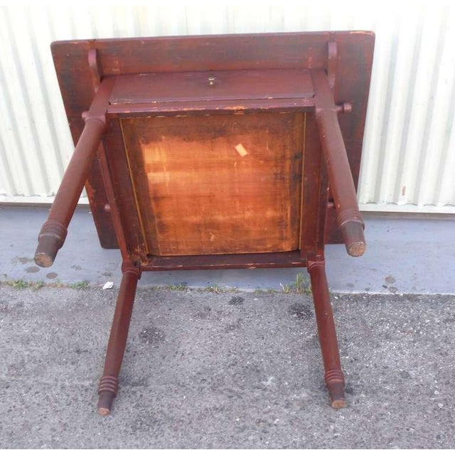 18thc Original Red Lift Top Tavern Table With Original Drawer - Image 8 of 10