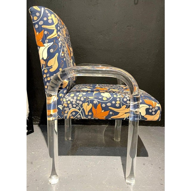 Plastic Mid-Century Modern Set of Four Chairs, Tubular Lucite Frames For Sale - Image 7 of 13