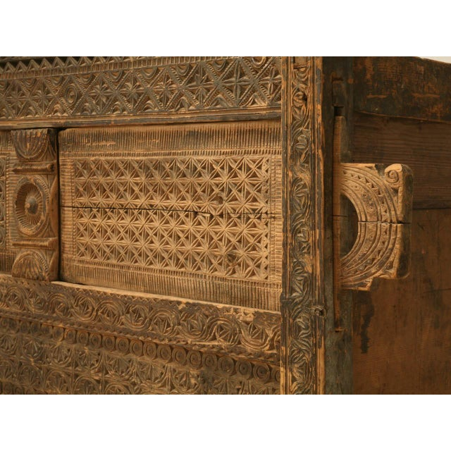 Swat Chest from the Swat Valley of Pakistan For Sale In Chicago - Image 6 of 10