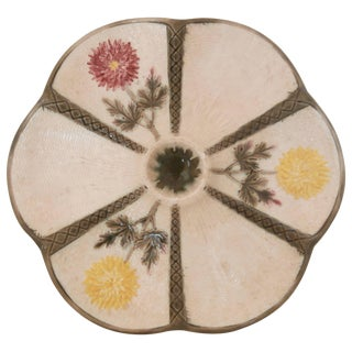 Wedgwood Majolica Chrysanthemum Oyster Plate Circa 1875 For Sale