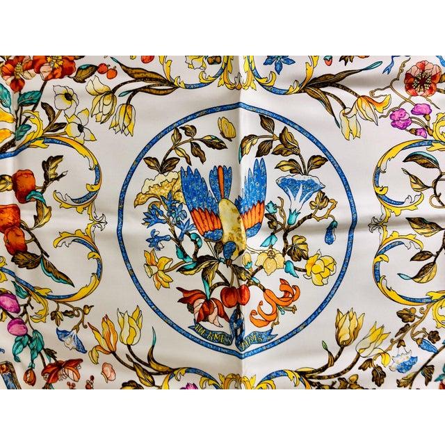 The School of Paris Hermès Pierres D'Orient Et D'Occident Silk Scarf For Sale - Image 3 of 7