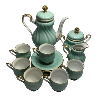 Vintage Bavarian Porcelain China Hutschenreuther Tea Set for 6 - 17 Pieces For Sale