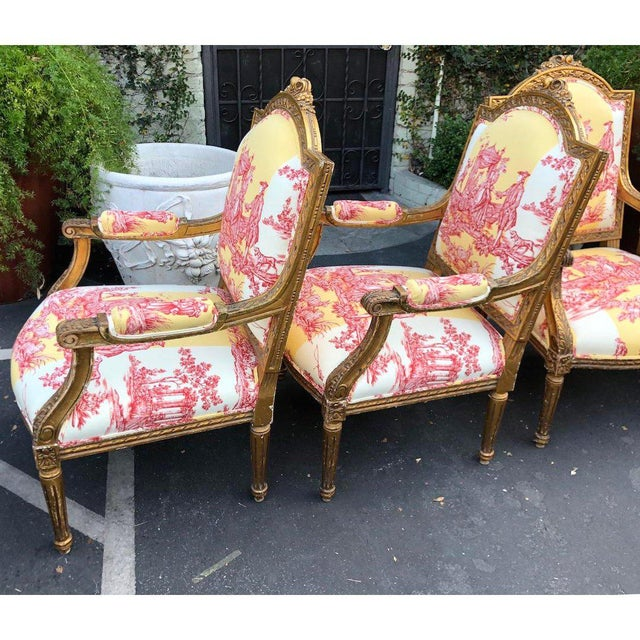 Early 20th Century Antique Louis XVI Style Bergere Arm Chairs W Brunschwig & Fils Toile - Set of 4 For Sale - Image 5 of 6