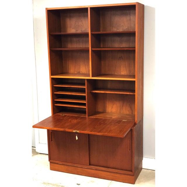 1970s 1970s Danish Modern Hundevad Teak Wall Unit Desk & Bookcase For Sale - Image 5 of 11