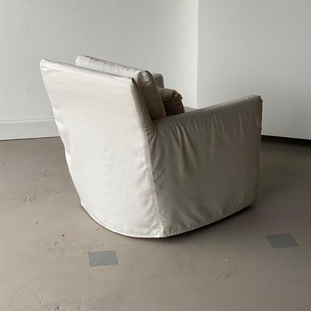 Kapas Slipcovered Swivel Chair For Sale - Image 4 of 10