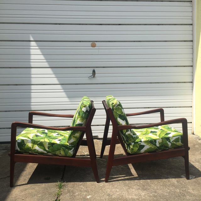 Mid-Century Modern Pair of Mid-Century Banana Leaf Lounge Chairs For Sale - Image 3 of 6