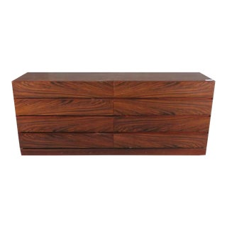 Vintage Mid-Century Modern Rosewood Veneer Dresser / Credenza For Sale