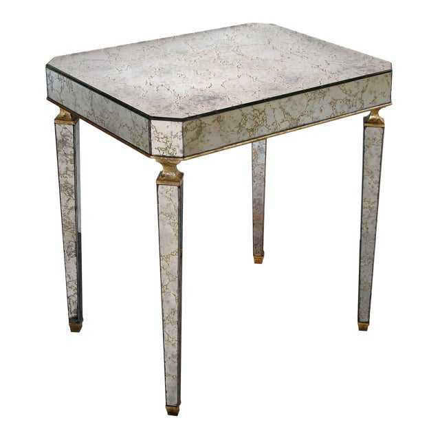 A Stylish American Mid-Century Rectangular Mirrored Side/End Table With Gilt-Wood Highlights by Archibald Taylor For Sale